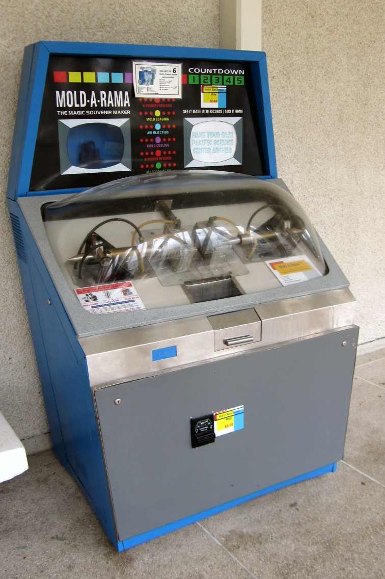 mold-a-rama-01